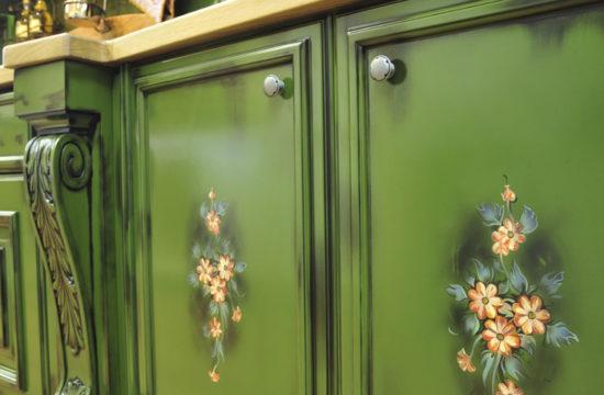 Фасады со спецэффектами, или как придать уникальность кухонной мебели?