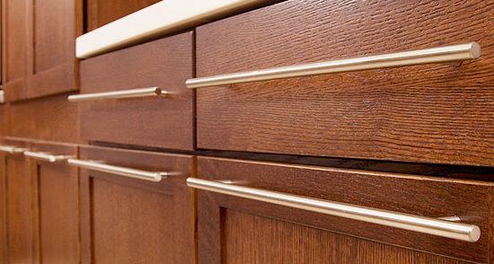 Ручки для кухонной мебели: виды и особенности выбора