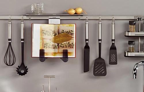 Рейлинги − стильные и функциональные составляющие вашей кухни